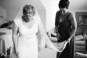 BHLDN Ivory Long Curving Periphery Bridal Veil