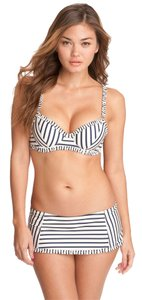Tory Burch Tory Burch Ivory Navy Feuilles Stripe Ruffle Swim Skirt Bikini Bottoms NWT $135 Sz L