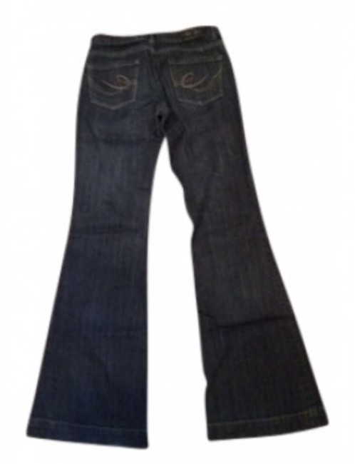 Preload https://item2.tradesy.com/images/express-dark-rinse-eva-fit-and-flare-leg-jeans-size-26-2-xs-130361-0-0.jpg?width=400&height=650