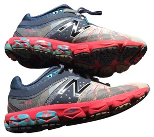 New Balance Fun - Running Cross Training Grey, pink, blue Athletic