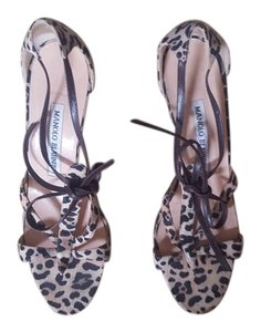 Manolo Blahnik Heels Designer Animal Print Pumps