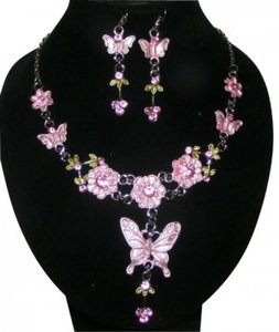 unknown 2pc Pink Butterfly Necklace Earring Set Free Shipping