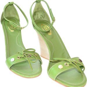 Tod's Green Sandals
