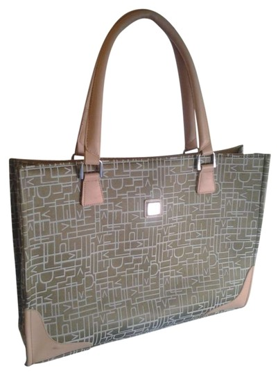 Preload https://img-static.tradesy.com/item/130428/diane-von-furstenberg-green-tan-weekendtravel-bag-0-0-540-540.jpg