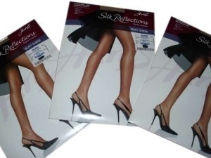 Hanes Lot 2 - Hanes Silk Reflections Control-top (3 pair)