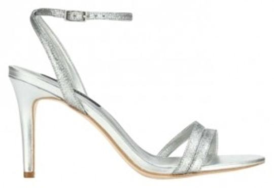 Preload https://img-static.tradesy.com/item/130481/ann-taylor-silver-oe-strappy-glitter-color-style-289681-sandals-size-us-85-0-0-540-540.jpg