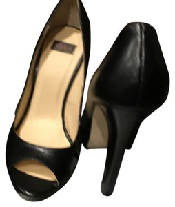 N.Y.L.A. Black Pumps