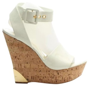 Louis Vuitton Cream Wedges