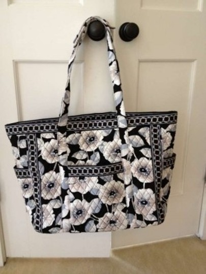 Preload https://item3.tradesy.com/images/vera-bradley-get-carried-away-travel-luggage-camelia-cotton-tote-130512-0-0.jpg?width=440&height=440