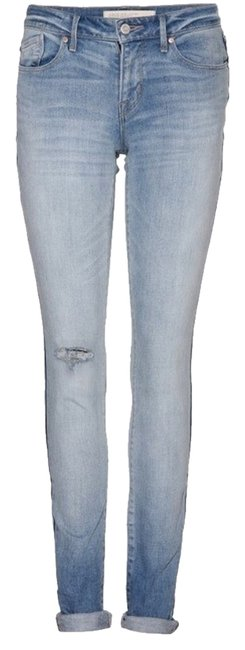 Item - Light Blue Wash Relaxed Fit Jeans Size 27 (4, S)