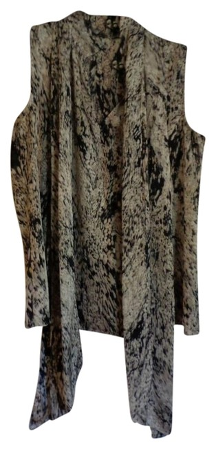 Vince Camuto Top Brown with Grey Designs