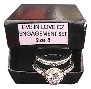 Avon Avon CZ Engagement Ring Set