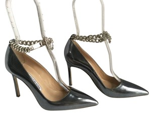 Manolo Blahnik Bb Chain Strap Worn Once Stunning Patent Leather SILVER Pumps