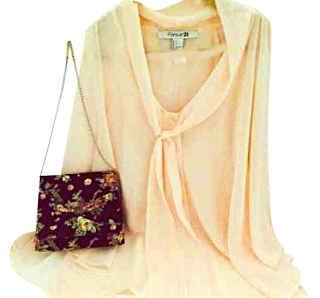 Item - Floral Black Pastel Peach Green Leaf White Cross Body Bag