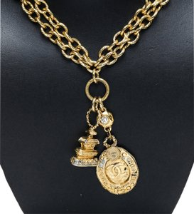 Chanel Chanel Gold CC Vintage Pagoda Necklace