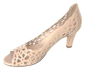 Aquatalia by Marvin K. NUDE CUTOUT Pumps