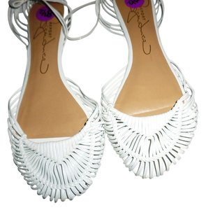 Report Signature Womens Slip white Flats