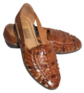 Basic Editions Leather Wide Width Size 7 Brown Flats