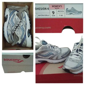 Saucony white,silver,blue Athletic