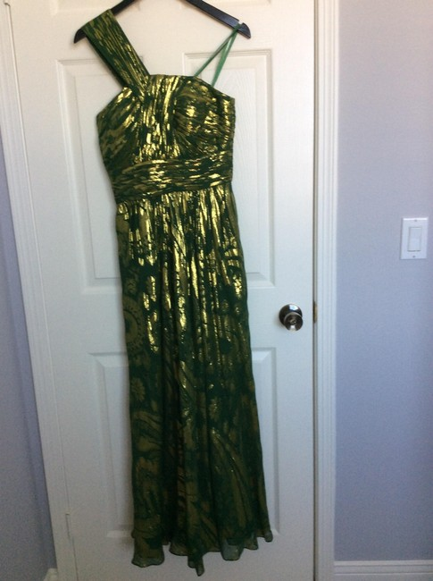 Item - Green Silk and Polyester Formal Bridesmaid/Mob Dress Size 4 (S)