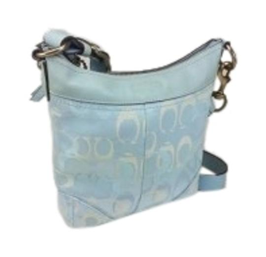 Preload https://item1.tradesy.com/images/coach-monogram-light-blue-with-white-accents-shoulder-bag-130640-0-1.jpg?width=440&height=440