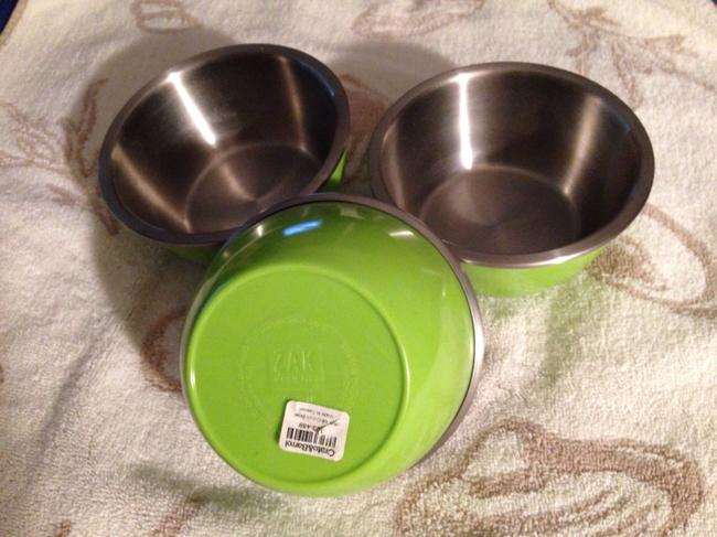 """Item - Green and """"Ice Cream Bowls"""""""