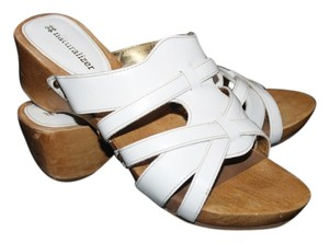 Naturalizer Size 6 Wide Width Leather White Mules