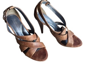 Kenneth Cole Monogram Brown Sandals