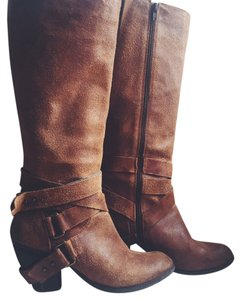 Fergie Strappy Tall Caramel/cognac/tan Boots