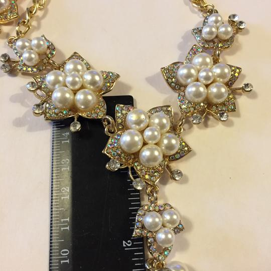 Betsey Johnson Gold Tone. Off White. Crystals Jewelry Set