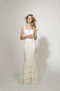 Nicole Miller Bridal Antique White Silk Camilla Fitted Pleated Skirt Gown Hg0022 Feminine Wedding Dress Size 0 (XS)