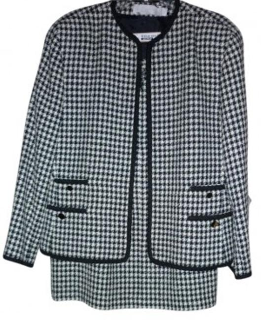 Preload https://item1.tradesy.com/images/evan-picone-vintage-houndstooth-skirt-suit-size-16-xl-plus-0x-13070-0-0.jpg?width=400&height=650