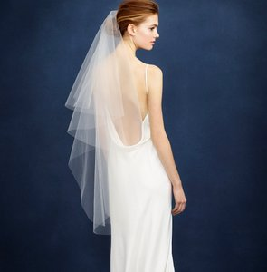 BHLDN Ivory Medium Twigs & Honey Single Layer Fingertip Bridal Veil