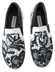 Steve Madden black and white lace Flats