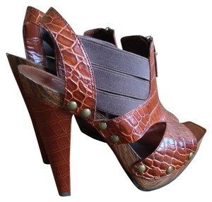 Jessica Simpson Crocodile Heels Pumps brick Sandals