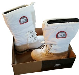 Sorel whote Boots