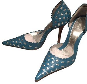 Bakers Scalloped Woven Leather Stiletto Turquoise with silver Pumps
