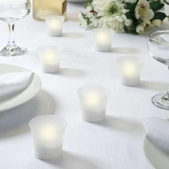 Preload https://item2.tradesy.com/images/white-battery-operated-led-votivecandle-130791-0-0.jpg?width=440&height=440