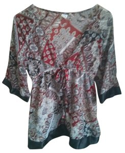 So Wear It Declare It Sheer Paisley V-neck Kimono Empire Waist Top red/gray/black