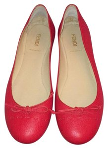 Fendi Ruby red leather Flats