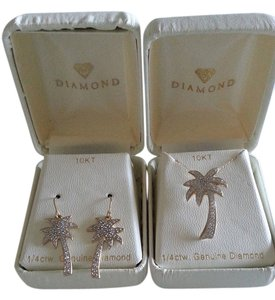 Other SALE!!! NWT Gold and Diamond Palm Tree Earrings and Necklace