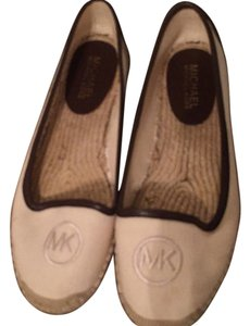 Michael Kors Offwhite/Brown Flats