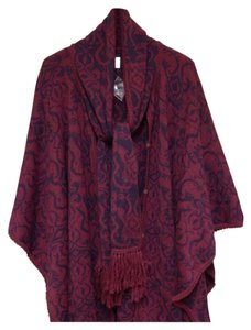 Novica Alpaca/Acrylic/Wool Blend Patterned Poncho by Alfred Falcon Cape