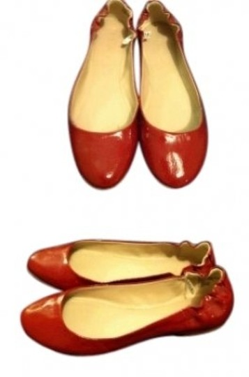 Preload https://item4.tradesy.com/images/target-wine-red-flats-size-us-9-130918-0-0.jpg?width=440&height=440