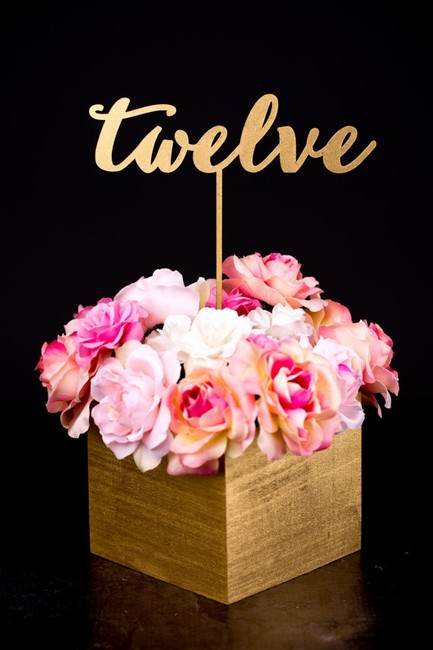 Item - Gold Script Table Numbers & Signs Centerpiece