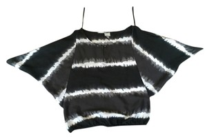 Converse Keyhole Batwing Open Shoulder Tie Dye Color-blocking Top Black and white