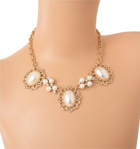 Classic White Pearl Statement Necklace In Gold