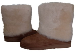 UGG Australia Shearling Lined Chestnut Boots