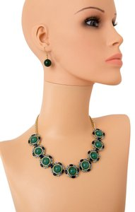 Other CIRCULAR SHAPED GREEN STONE JEWEL STATEMENT NECKLACE AND EARRING SET