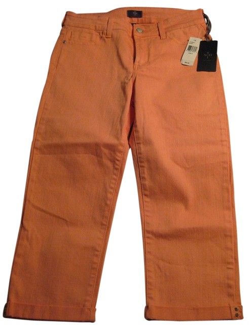 Item - Salmon Light Wash Crystal Cuffs Capri/Cropped Jeans Size 28 (4, S)